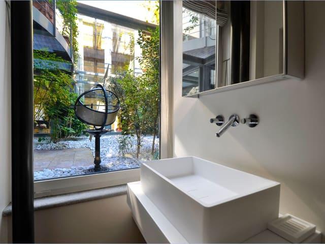 3 Bed Holiday Apartment In Milan Italy Sleeping 8 5478769 - Villa-in-sardinia-by-antonio-lupi