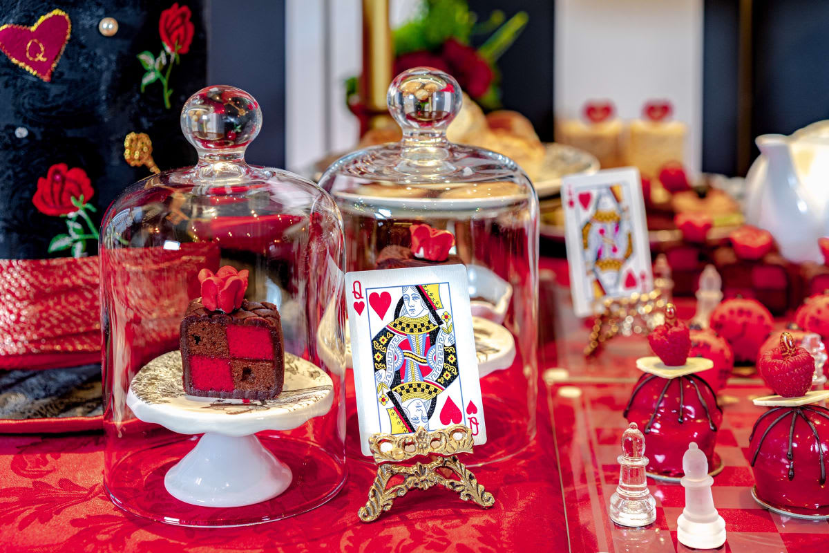 ALICE'S QUEEN OF HEARTS TEA