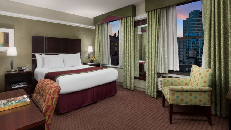 Hotel-TSQ-Queen-1-Night-Web