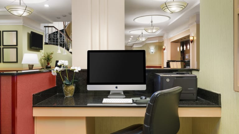 Hotel-TSQ-Lobby-Business-Center-Web