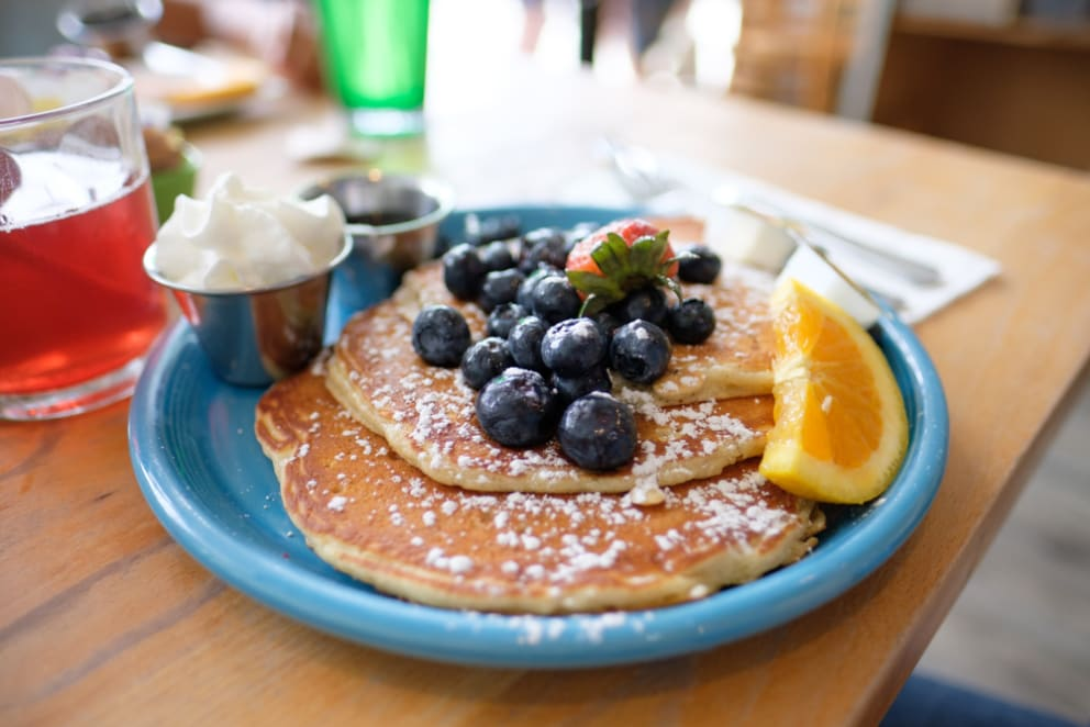 Guava Pancake Syrup, Anyone? 5 Great Breakfast Spots in Waikiki