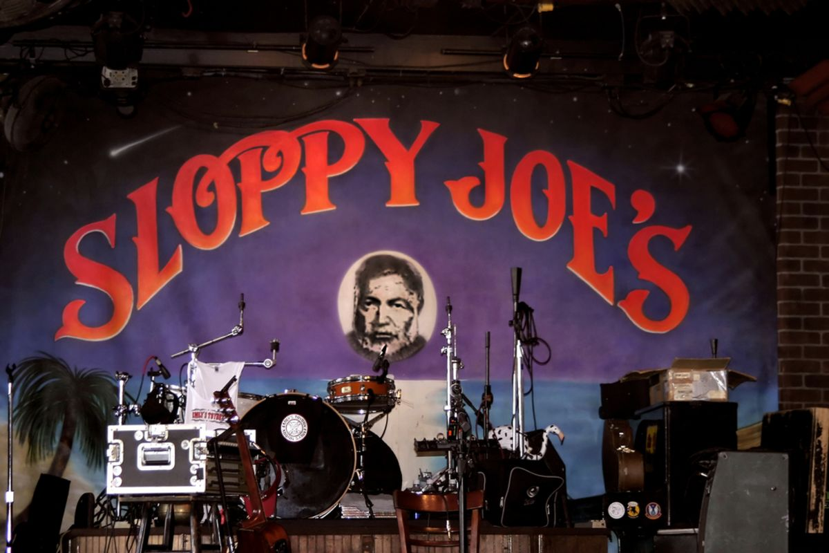 sloppy-joes-key-west-stage