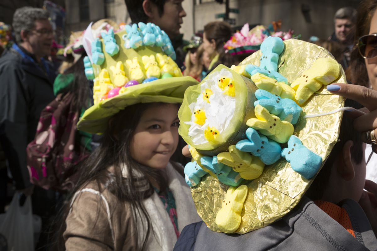 easter-bonnet-parade