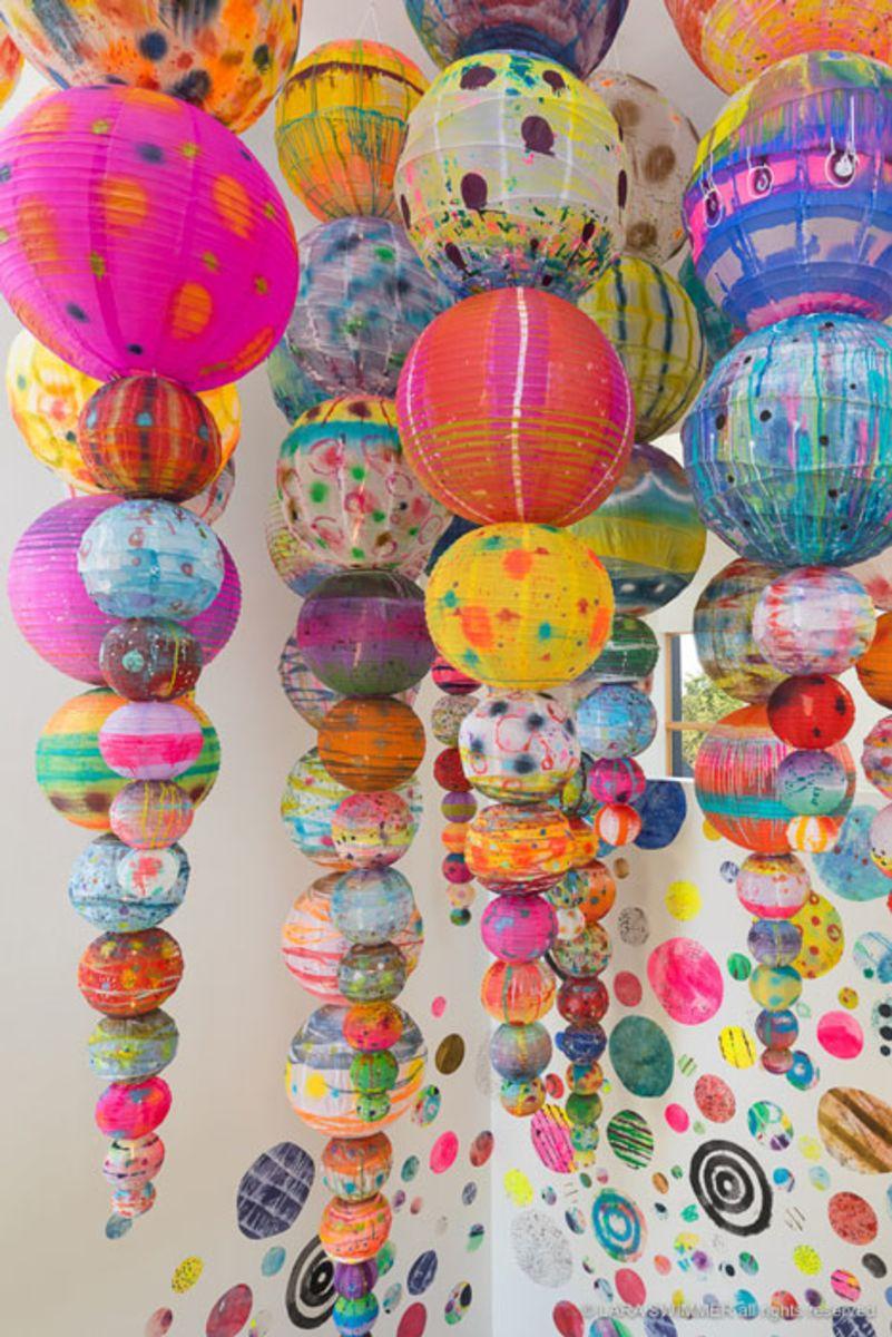 paper-lanterns-painted-by-artist-liz-tran