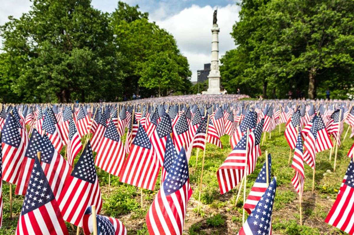 us-flags-on-memorial-day-at-boston-common
