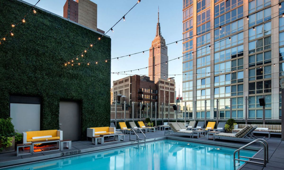 royalton-park-avenue-rooftop-pool-with-loungers