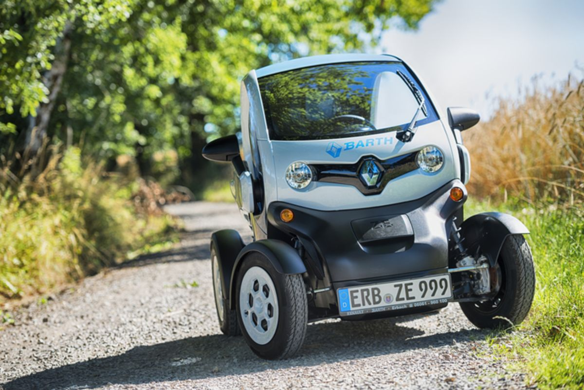 Twizy and Tazzari Cars