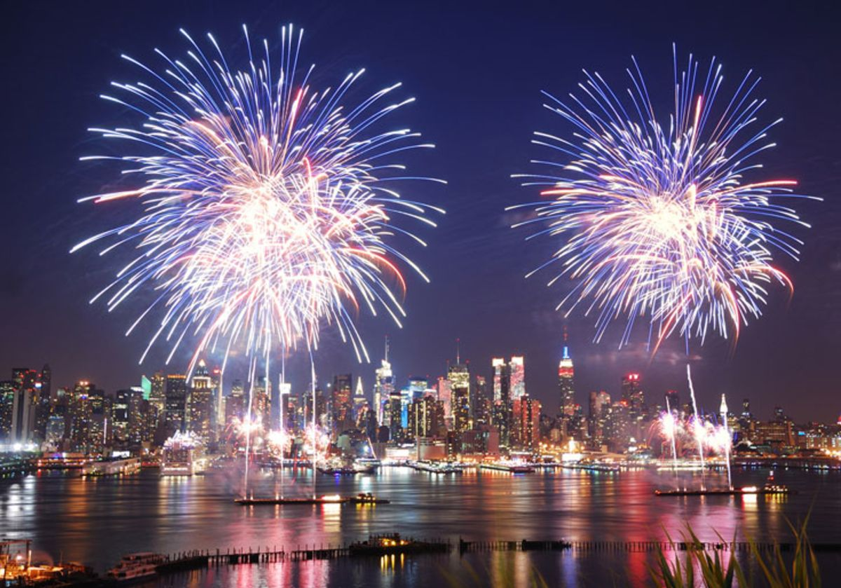 fourth-of-july-fireworks-over-manhattan