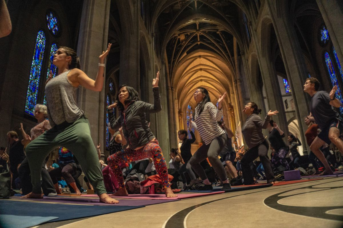 yogi-grace-cathedral-sf