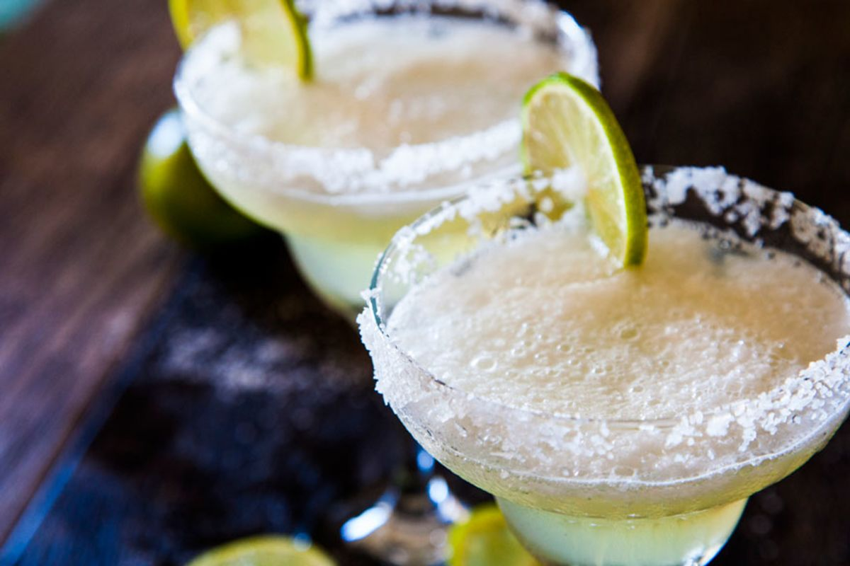 close-up-of-frozen-and-foamy-margaritas