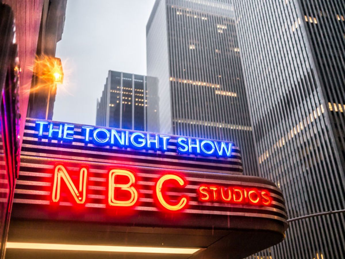 nbc-studios-neon-marquee-announcing-the-tonight-show