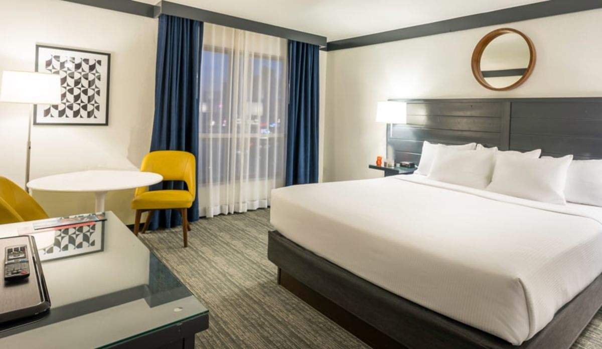 OYO Hotel & Casino Las Vegas rooms