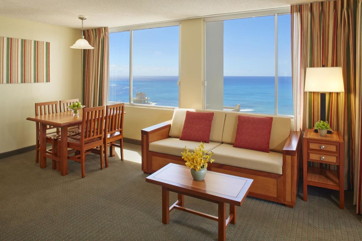 Pacific-Monarch-1-Bedroom-Kitchenette-Ocean-View-A
