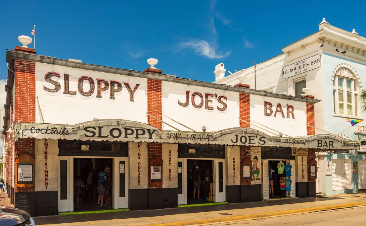 sloppy-joes-bar
