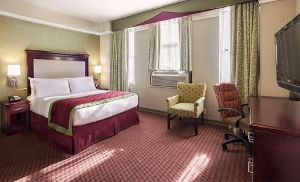This non-smoking Queen Room features one Queen bed and a bathroom stocked with amenities.