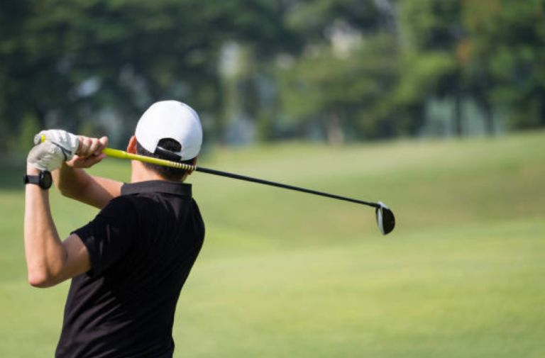 newstead-belmont-hills-man-swinging-golf-club