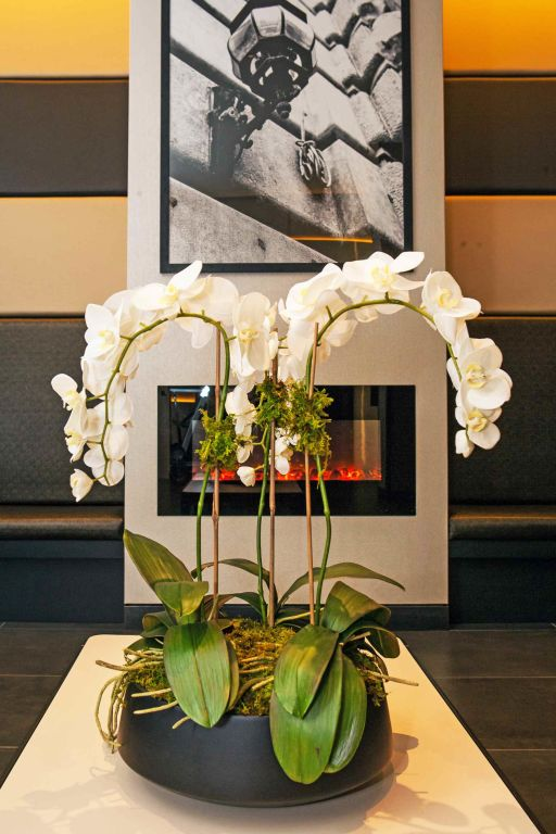 Hotel At Fifth Avenue Lobby Art Fireplace