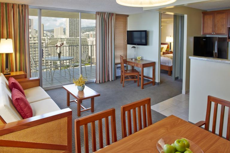 Pacific-Monarch-1-Bedroom-Kitchenette-Ocean-View-B