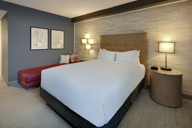 Highline Hotel Vail By Doubletree - Mountain Chic King Guest-room