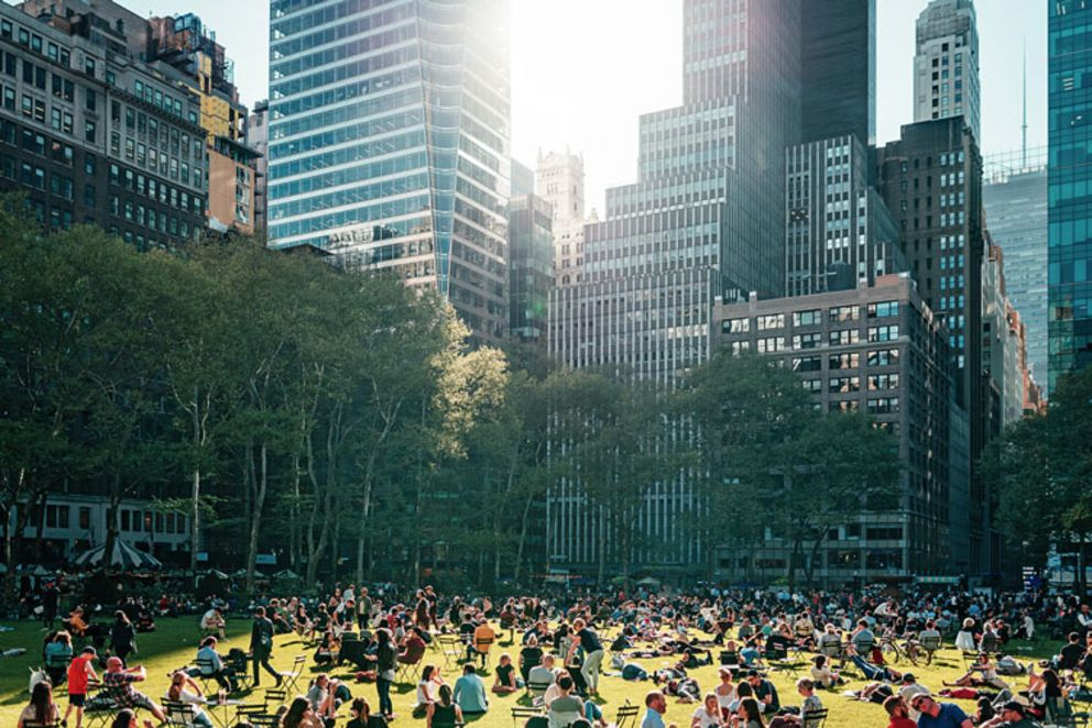 people-on-the-lawn-of-bryant-park-on-summer-day