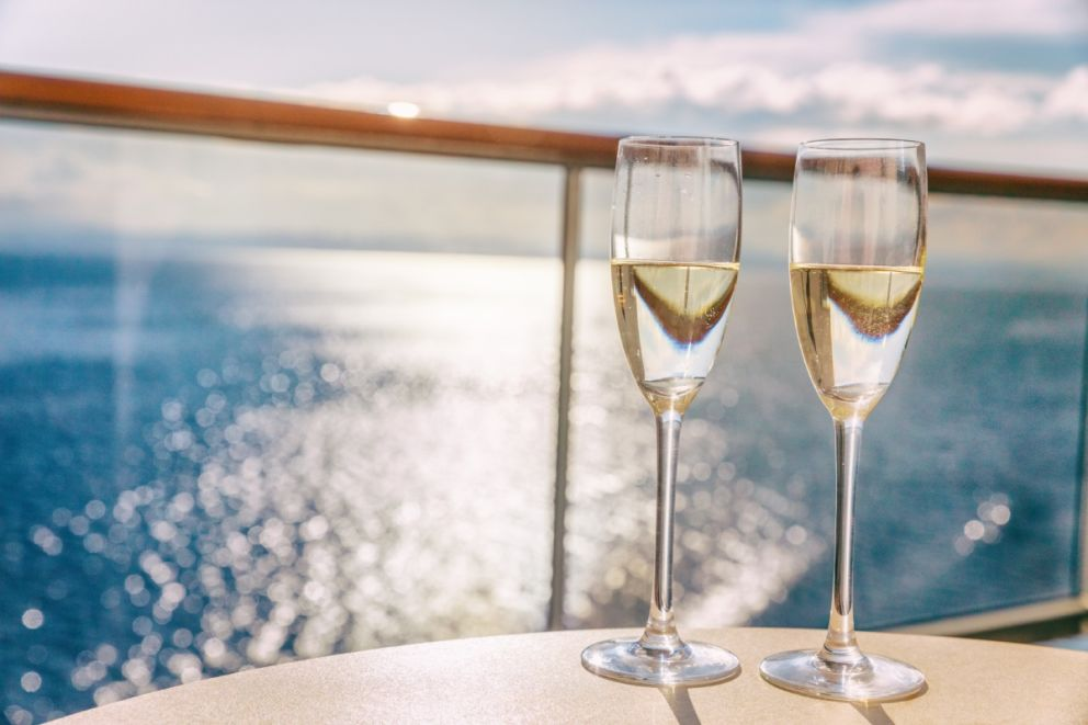 Book a gourmet dinner cruise with Oceans Edge Resort and Marina