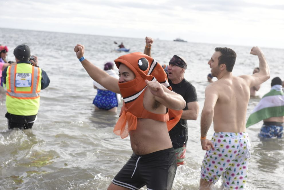 Embrace the Freeze at this Year's Annual Superbowl Splash in Long Beach