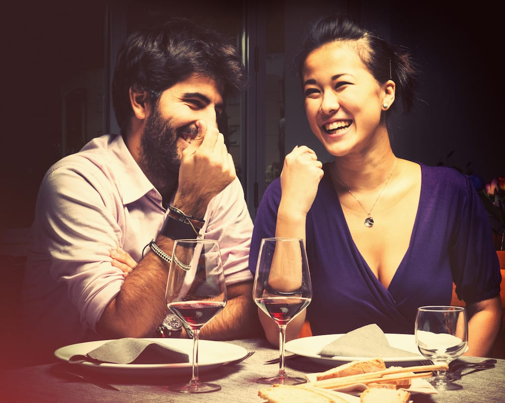 couple-romantic-dinner