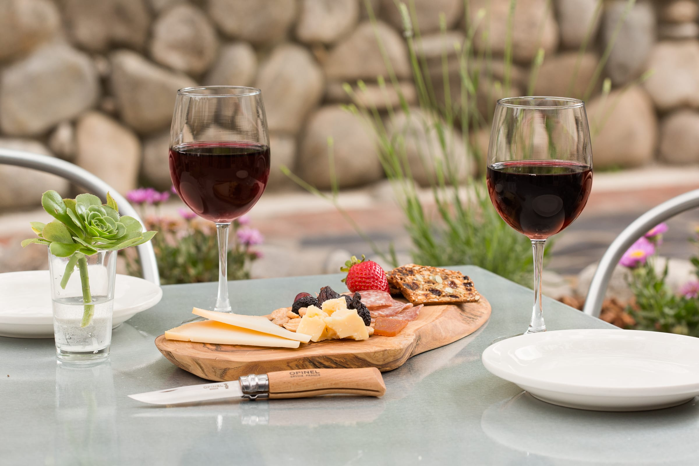 1605-Hideaway Patio Wine & Cheese_1600x2400