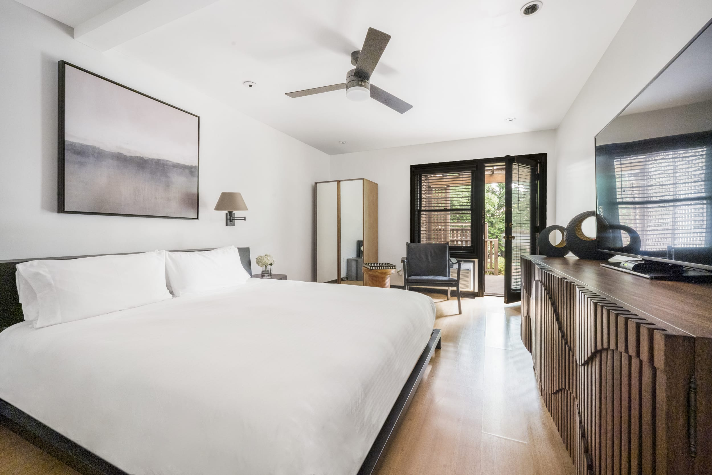 Glen Ellen King Guestrooms | Gaige House + Ryokan