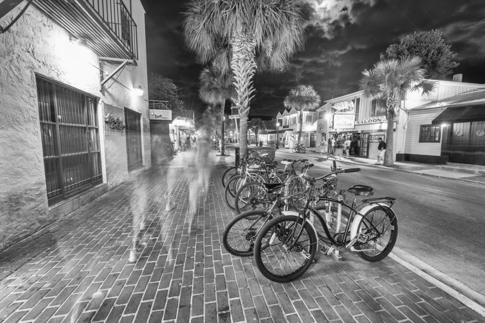 The Friendly (& Unfriendly) Ghosts of Key West