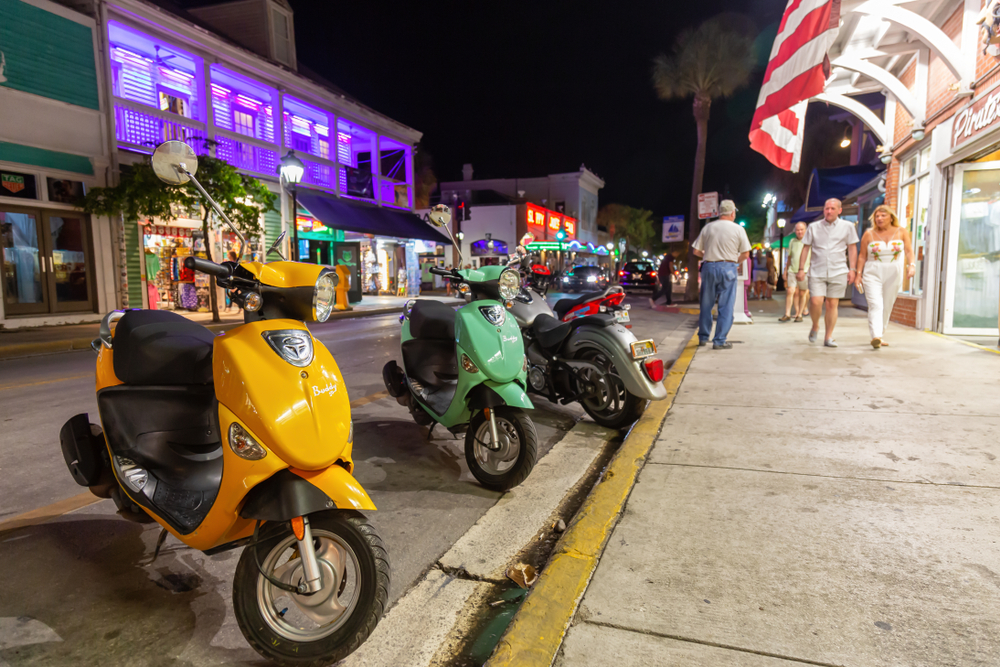 What Do I Need to Rent a Scooter, E-Car or Golf Cart in Key West?