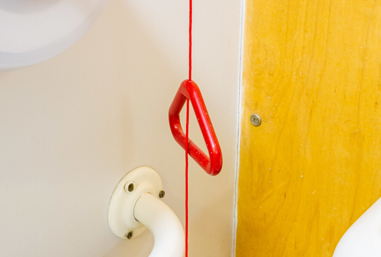 Red pull cord