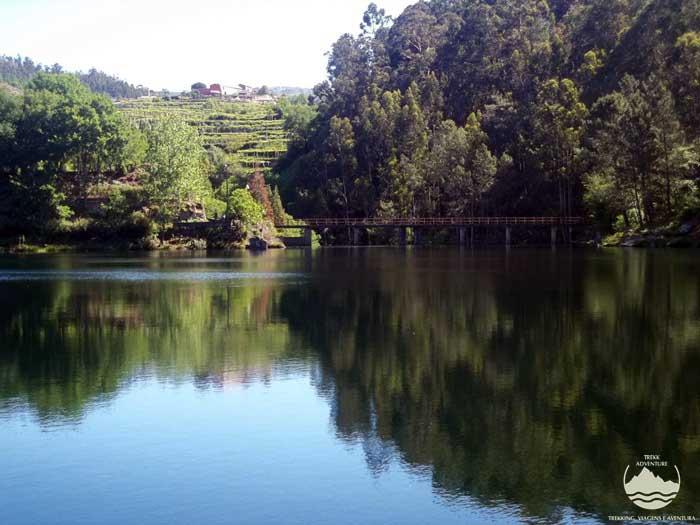 Trebilhadouro e rio Caima