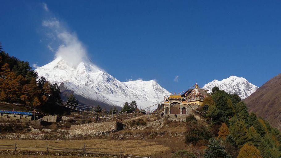Mt-Manaslu