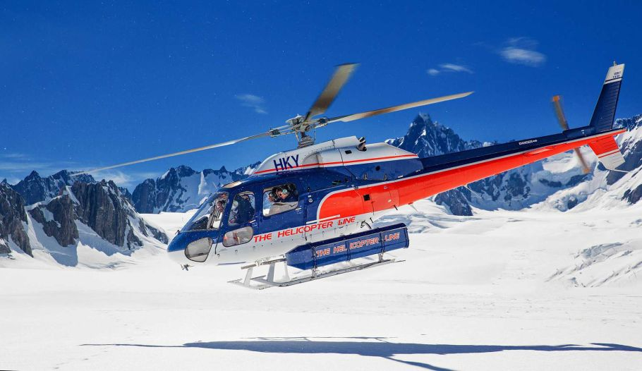 helicopter tour to himalaya mountains