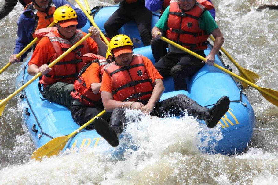 white water rafting in nepal