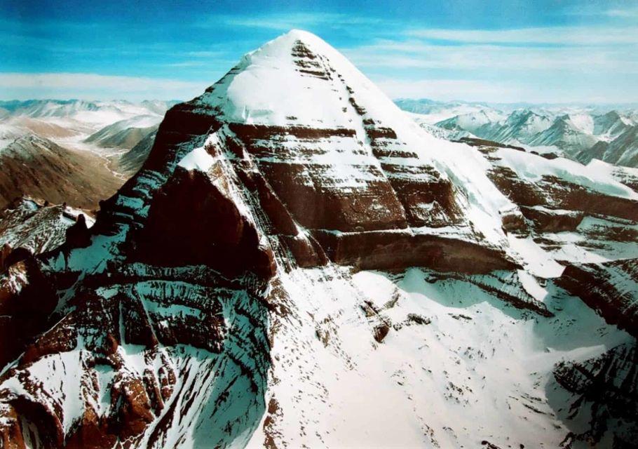 mount kailash peak