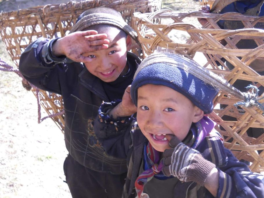 gurung children