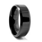 Čierny lesklý oceľový prsteň Angular