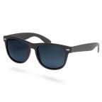 Mattfekete, polarizált lencsés napszemüveg
