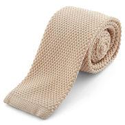 Bézs színű kötött nyakkendő