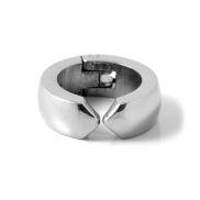 Boucle d'oreille ronde en acier