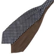 Cravatta ascot di seta doppia fantasia marrone e blu navy