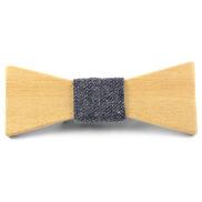 Modro-šedý motýlek z březového dřeva