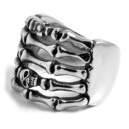 Stalowy pierścień z czaszką i kośćmi