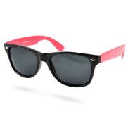 Czarno i jaskrawo różowe okulary przeciwsłoneczne retro