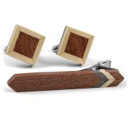 Wunderschönes Set aus Holz
