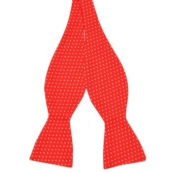 Pajarita para atar de algodón roja con lunares