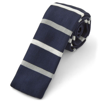 Corbata de punto azul y blanca