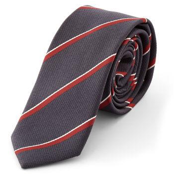 Corbata morada con rayas diagonales